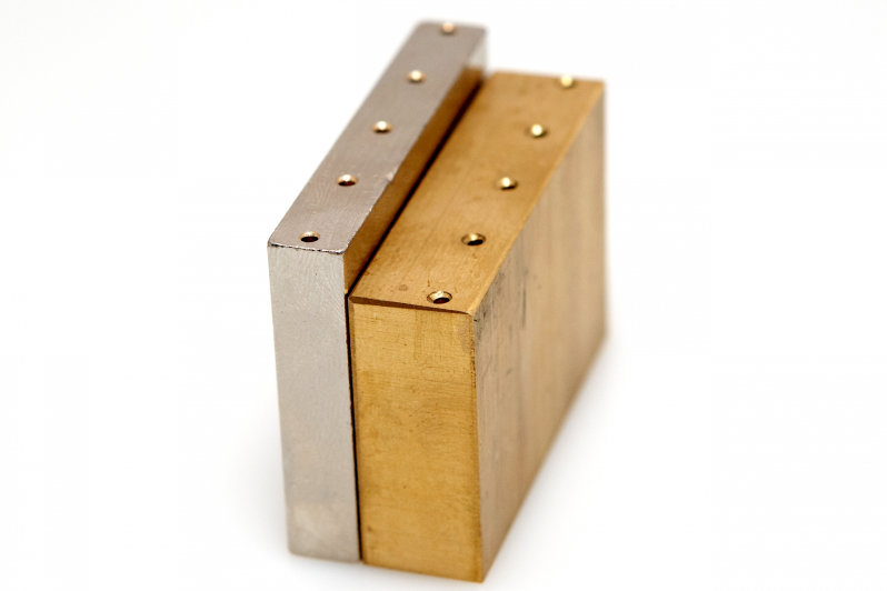 Brass Trem Blocks | The Gear Page