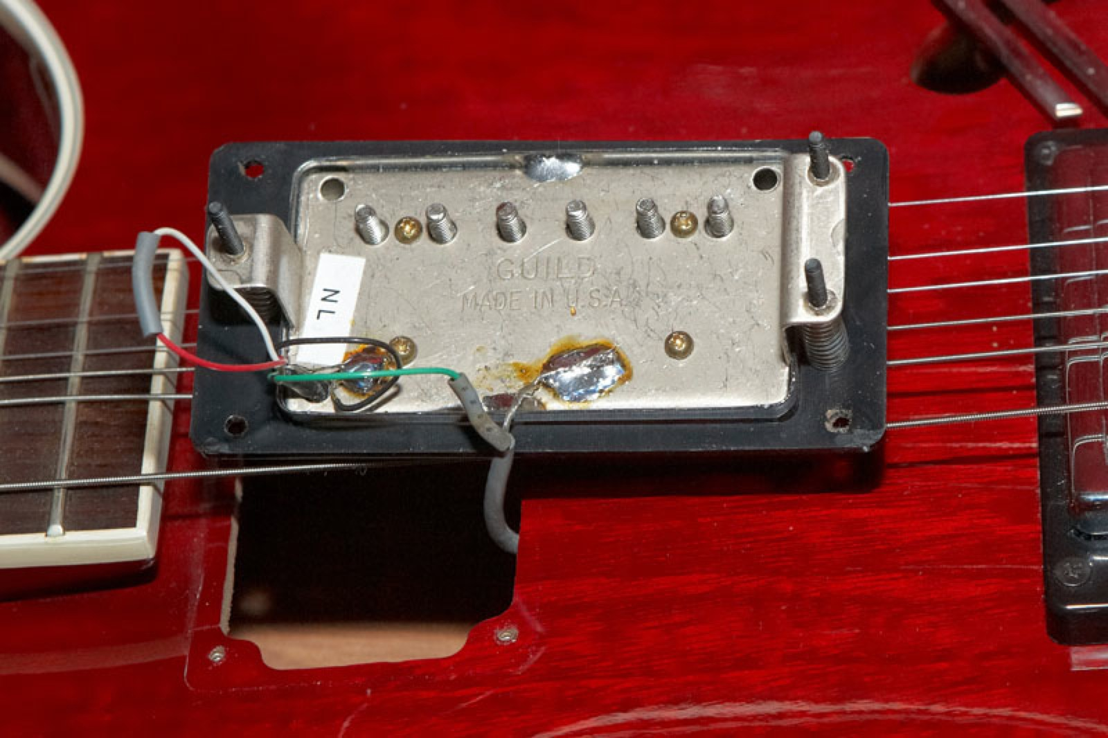 Guild Full Sized Hb1 And Sd1 Pickup Variations Gads Ramblings Active Guitar Wiring Diagram I Would Describe These Pickups As Looking Like Hb1s Without The Solder Terminals Indeed According To Quote Above Covers Back Plates Were