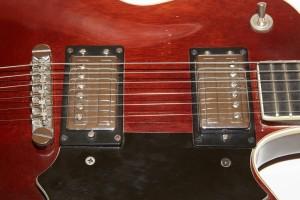 Guild-1974-M75-Bluesbird-Pickups