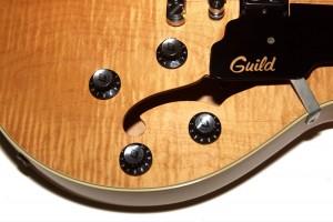 Guild-2000-Starfire-4-Controls