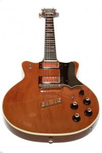 Guild-1975-M80-TopVert