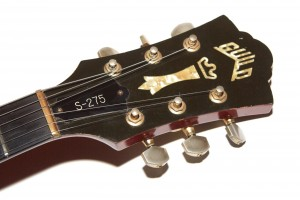 1982-Guild-S275-Headstock
