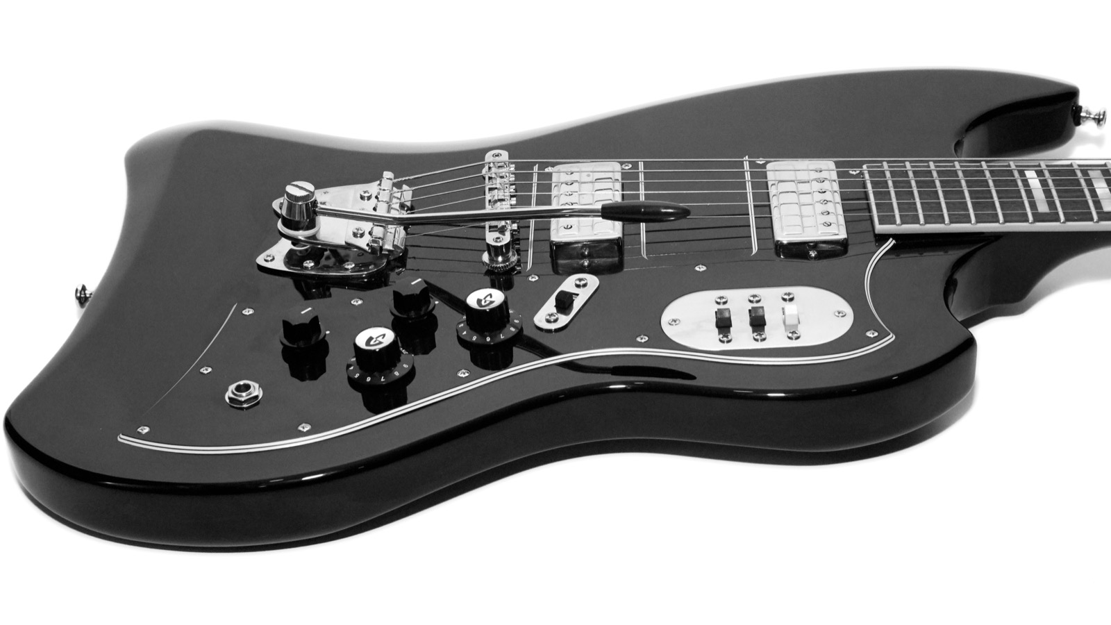 Guild Newark Street S200 T Bird Gads Ramblings Bridge Tremolo Fender Semi Updown Chrome I Should Point Out That Some Of The Pictures On This Page Are In Black And White For No Other Reason Than Like Way Guitar Looks
